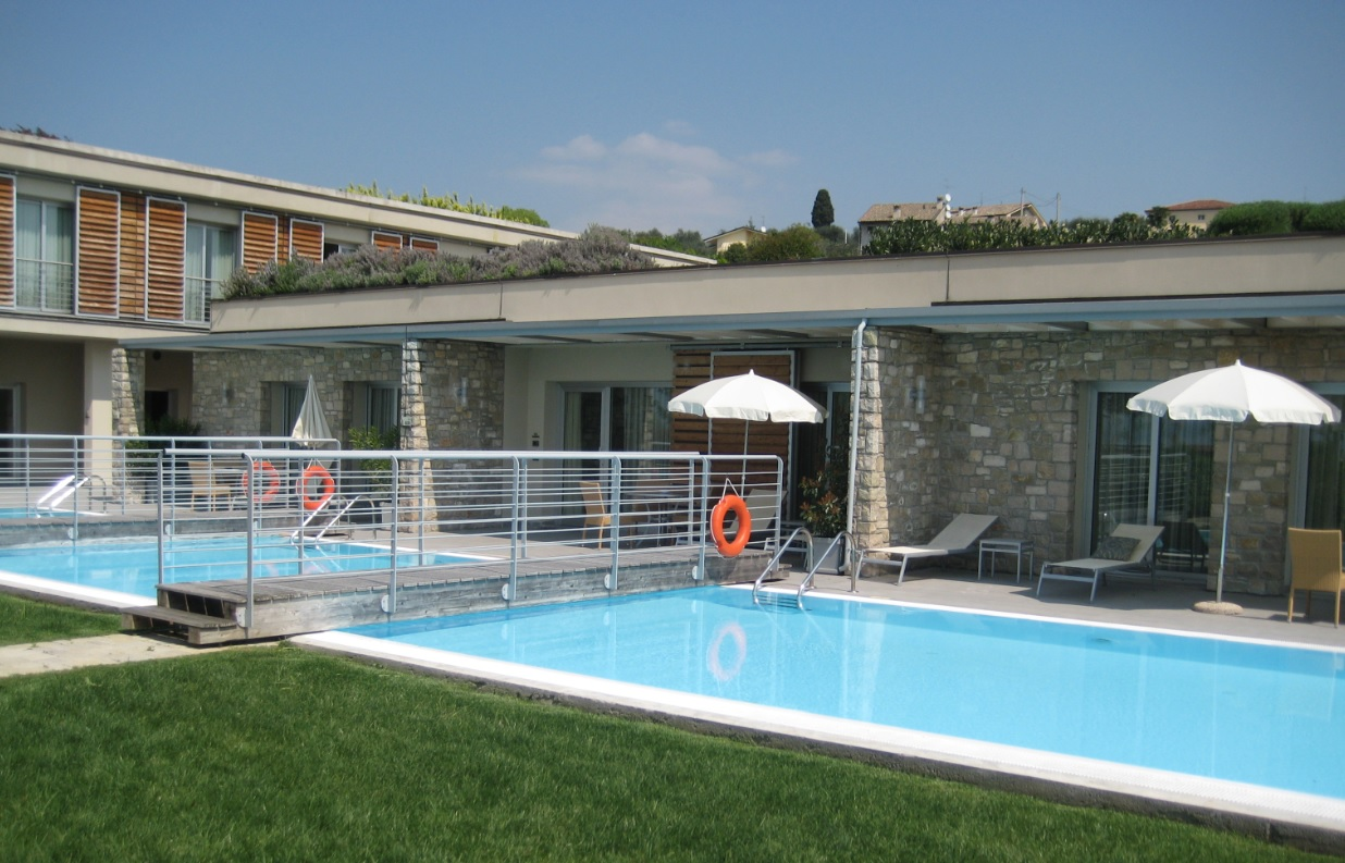Ferienwohnung und Hotelzimmer am Gardasee