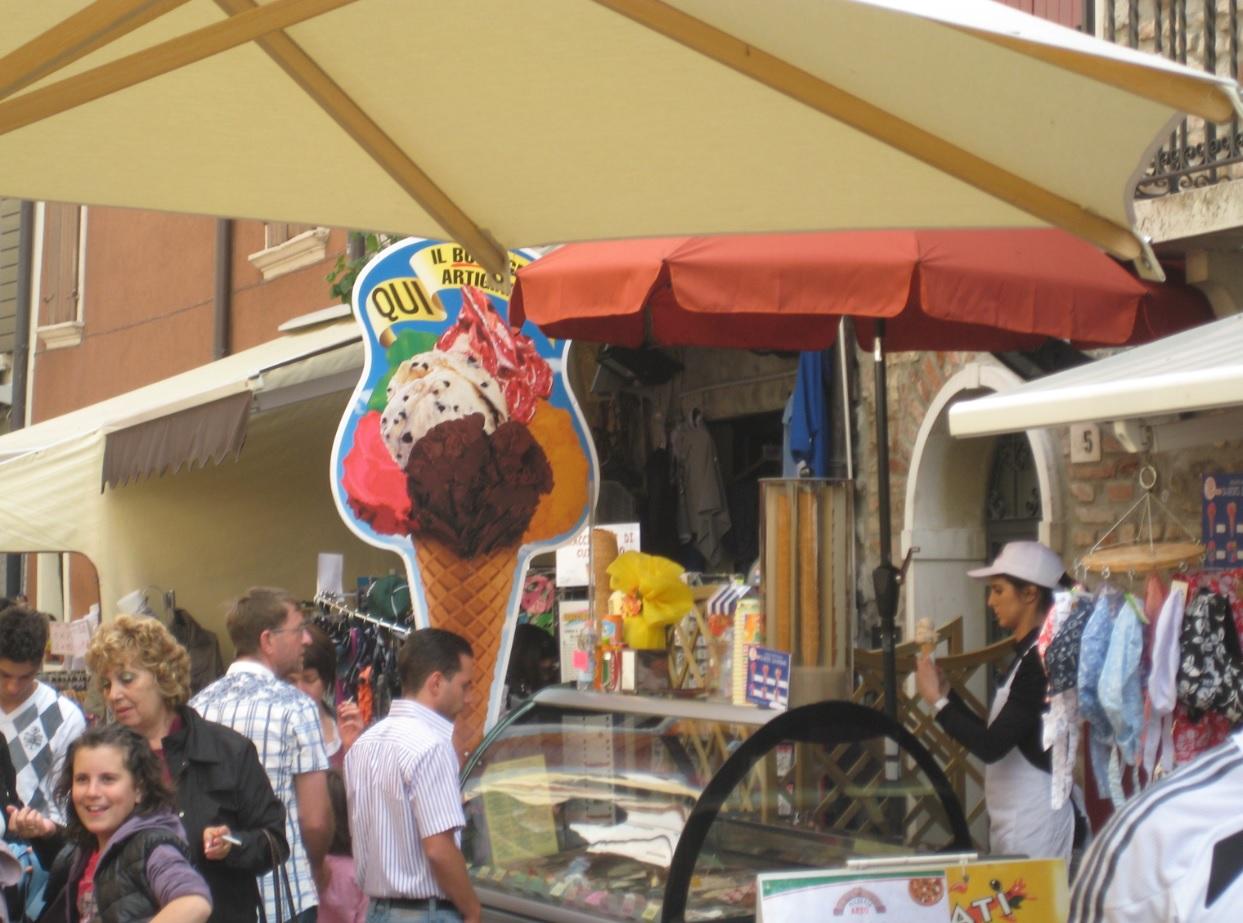 Markt am Gardasee