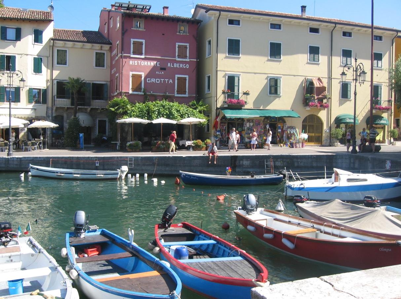 Hafen am Lago di Garda in Italien
