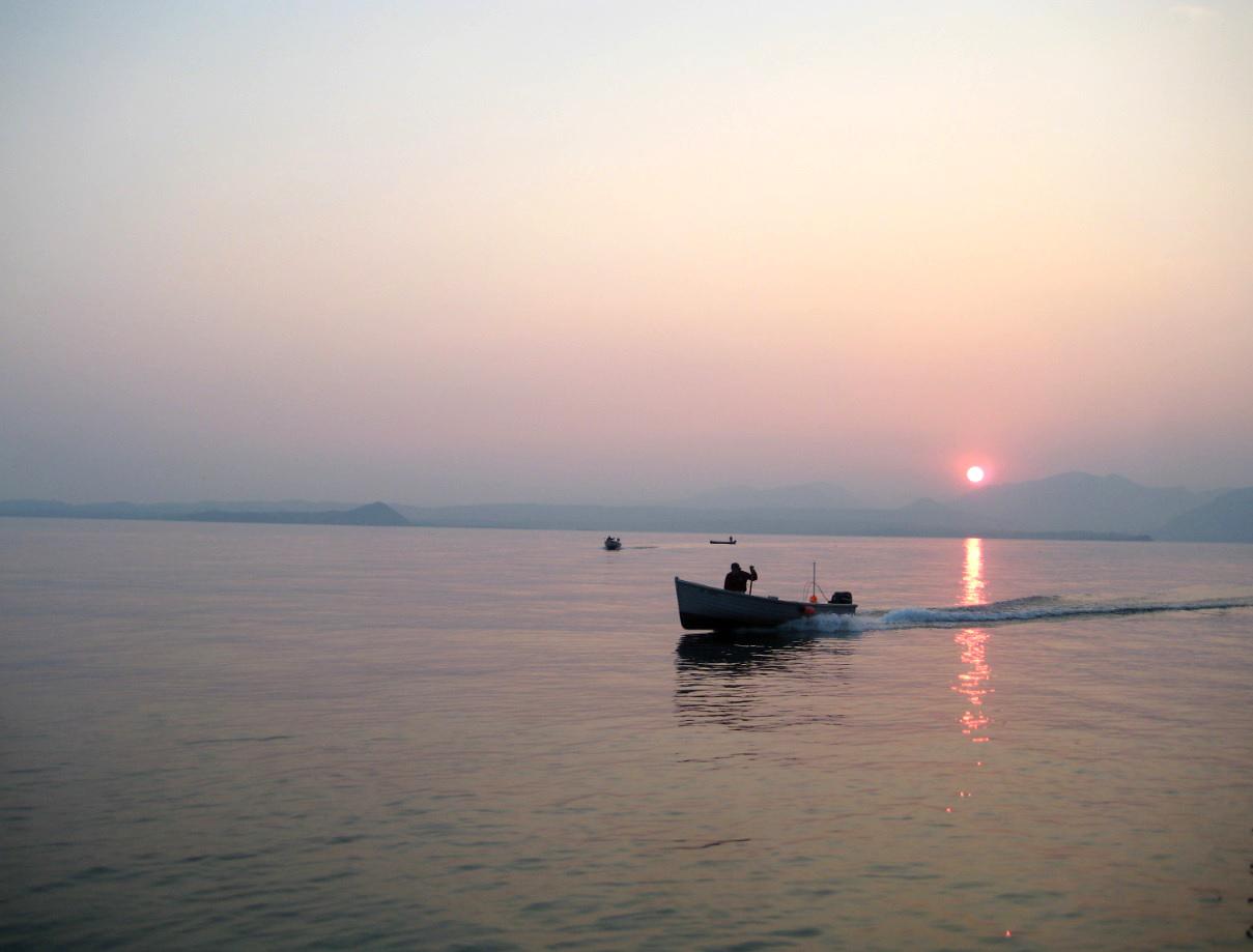 Gardaseefischer im Sonnenuntergang